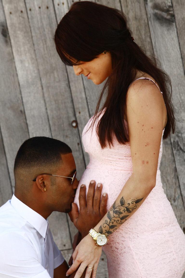 zwangerschapsfoto met man
