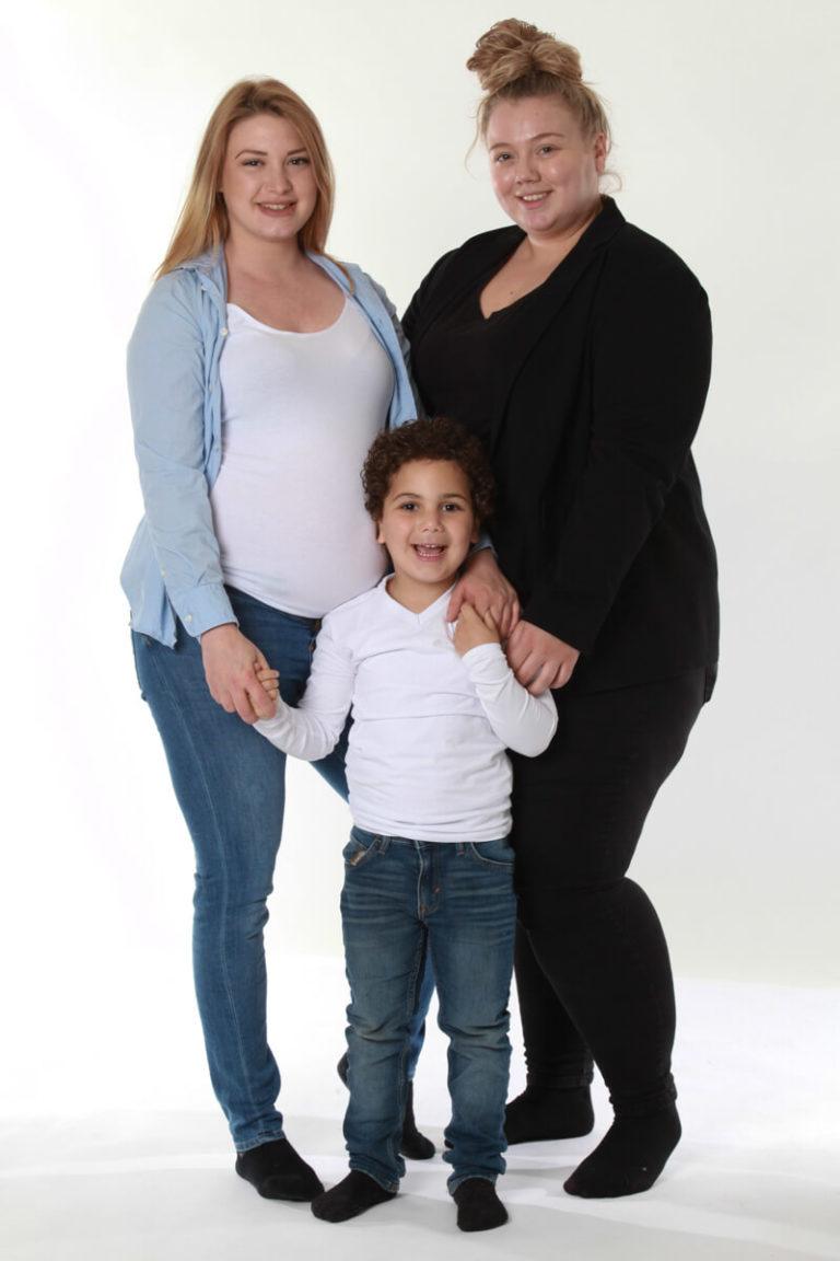 zwangerschapsfoto met kind en zus