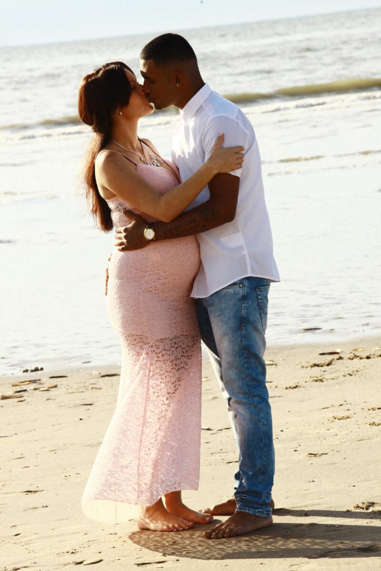 foto zwangere buik strand